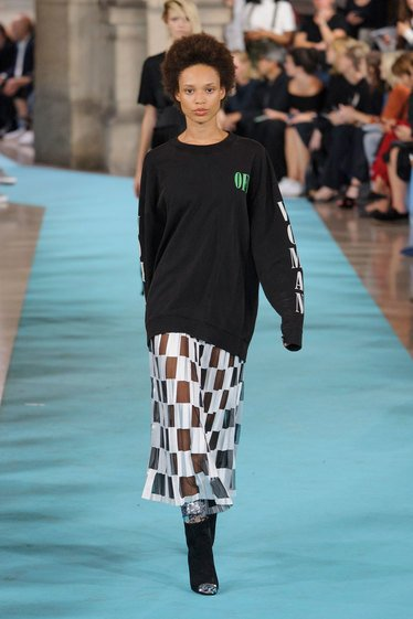 Look 33 image