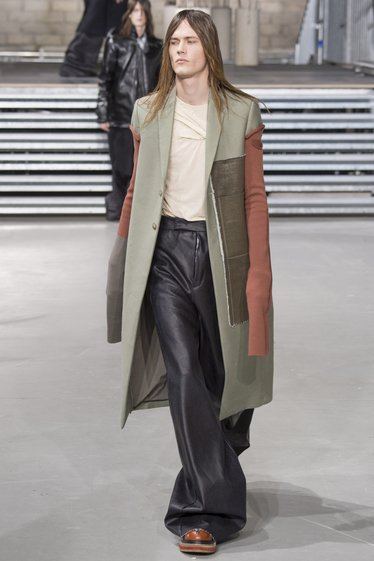 LOOK 30 image
